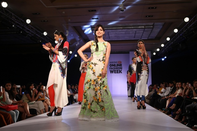 Yami Gautam (Centre) celebrity mentor at Jabong Online Fashion Week